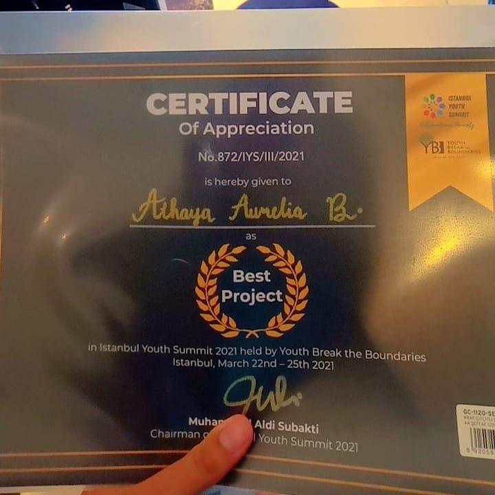 Penghargaan Best Project pada IYS di Istanbul Turki/ist