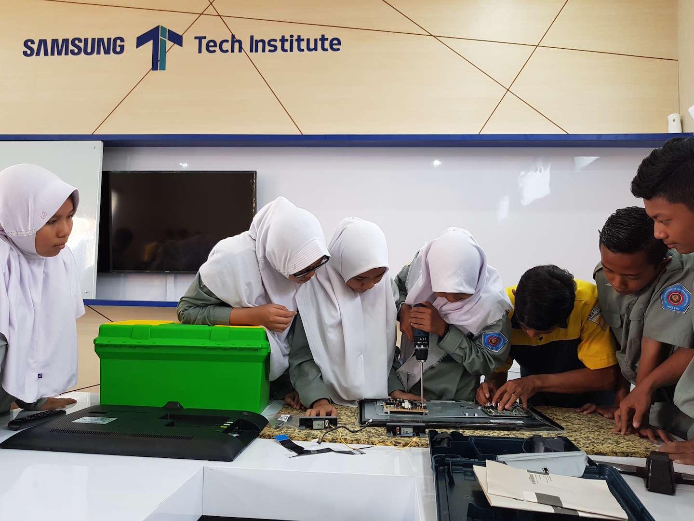 Samsung Tech Institute Komitmen & Dukung Tingkatkan Kualitas Lulusan SMK Indonesia